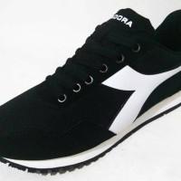 Jual Sepatu Diadora Candy Women Black WhiteOriginal Murah