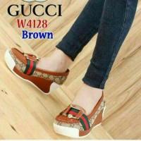 Jual spesial sepatu wedges casual sneakers gucci mo 69 tan Murah