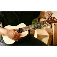Jual Ukulele Concerto Makoa Natural Free Tas Ukulele, Senar Ukulele, Pick Murah