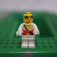 Jual Trending Lego Pirate Girl - Lego Medieval Castle Minifigure Murah