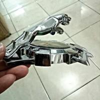 harga Jaguar Variasi Tempel Kap Mesin Emboss Silver Logo Emblem Tokopedia.com