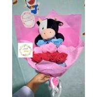 Jual Bucket bunga flanel dan boneka sapi / buket / bouquet kado ultah Murah