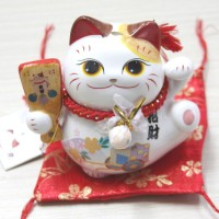 Jual Kucing Keberuntungan Maneki Neko Cute Terbaru Murah