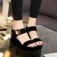 sepatu sandal trendy wanita