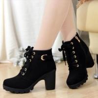 Jual Sepatu Boots Heels Wanita Tan & Hitam SBO99 Murah
