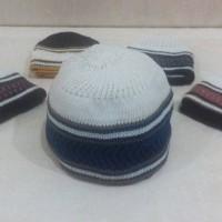 Peci Rajut Warna / Kopiah Haji / Peci Mercan Anak