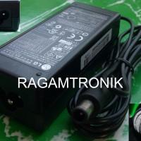 "Adaptor LCD/LED Monitor LG 19V -1,7A ""Original"" - Soket AC ""Mickey"""