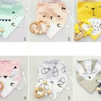Jual Wood Teether with bibs and clip Murah