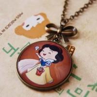 Jual Kalung gemstone kalung batu kalung unik Snow White Cartoon Murah