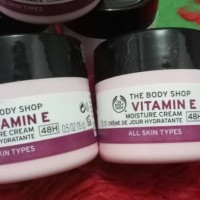 Jual The Body Shop Vitamin E Moisture Cream 15ml Murah