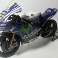Diecast Miniatur Motor Valentino Rossi Newray 1:12 Yamaha Custom 2014