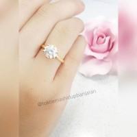 cincin emas Muda solitaire