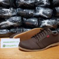 Sepatu Casual kickers shaka tali
