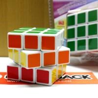Mainan Anak Rubik Magic Cube 3x3 by HE SHU