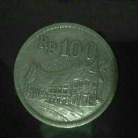 Uang Koin Kuno 100 Rupiah Asli Tebal Gambar Rumah Minang 1973