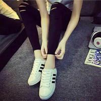 Sepatu Adidas Warna Hitam