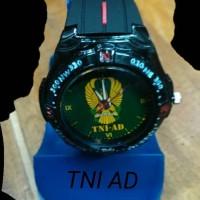Jam tangan logo TNI AD