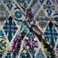 Jilbab Satin Silk Segi Empat