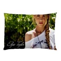 Sarung Bantal custom Elyse Taylor #1 45x65 cm gambar