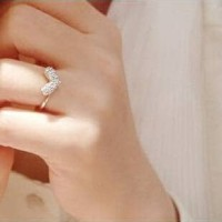 Cincin Korea kristal permata cinta blink2 (love crystal ring) silver