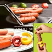 Alat Pemotong Spiral Sosis Hot Dog Slicer 2 in 1 (isi 2 pcs)