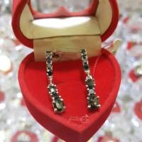 Terbaru Anting Emas Putih Full Berlian Hitam Eropa