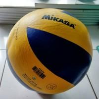 Bola Voli Mikasa tempel Import Volli Volley