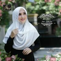 Hijab Jilbab kerudung pashmina instant pastan tali serut Arrafi white