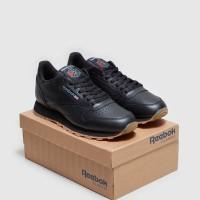 Sepatu Sneakers Reebok Classic Leather-Full Black