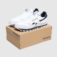 Sepatu Sneakers Reebok Classic Leather TRC-White Black