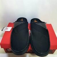 harga Wco8 Sepatu Pria Slip On Sepatu Slop Santai Sandal Crocs Ardiles Gart Tokopedia.com