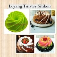 Jual Loyang Cetakan Kue Cake Puding Twister Ulir Silikon Murah