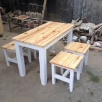 Meja Kursi Makan Untuk Cafe Resto Bahan dari Kayu Jati Belanda