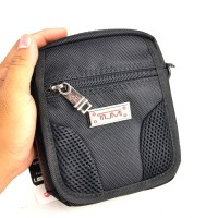 Tas Selempang Sling Bag / Shoulder Bag - Tumi Uugg Black