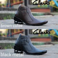 harga Sepatu Pantofel Resletting Kulit Asli Terbaru Original Clarks Metal Tokopedia.com
