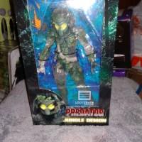 lootcrate loot crate predator figure exclusive