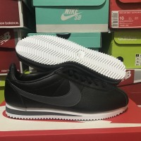 Nike Classic Cortez Leather Shoes - Sepatu Nike Sneaker Original