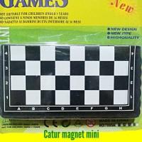 Mainan Catur magnet mini