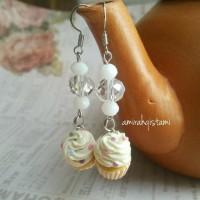Vanilla Cupcake Dangle Earring / Anting Cupcake Vanilla
