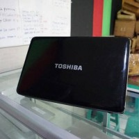 toshiba Satellite L850 15 HD Core i7 Radeon HD 7670M laptop Gaming