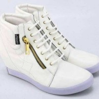harga Sepatu Boots Wanita Paling Laris Terbaru-sepatu Pesta Putih Cantik Doz Tokopedia.com