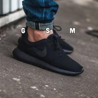 Sepatu Nike Roshe Run Full Black Sneakers Men- Termurah