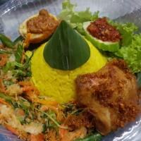 Mini Nasi Tumpeng Kuning Super