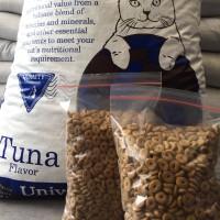 Jual Makanan kucing - Universal Cat Tuna/Seafood Repack 1kg Murah