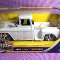 55' Chevy Stepside (White) Jada Bigtime Kustoms skala 1/24