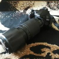 NIKON D3000 KAMERA FREE LENSA TELE 70-300mm SECOND MULUS NORMAL