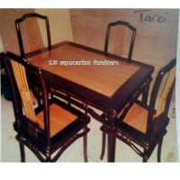 Harga 1 Set Meja Makan Travelbon.com