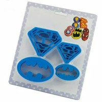 4 pcs Cetakan / Cutter Design Superhero Batman Superman