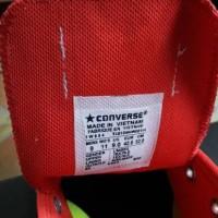 Sepatu converse basic warna merah maroon