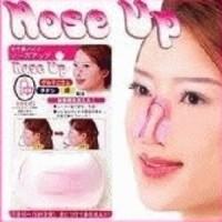 Cara Memancungkan Hidung Pesek dengan Mudah Nose Up GC033